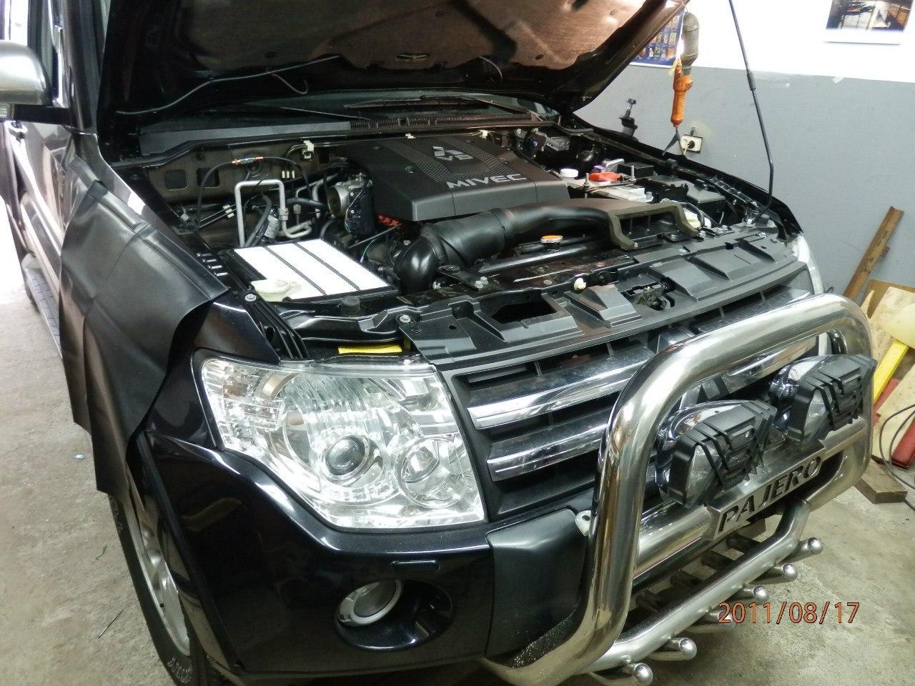 Mitsubishi PAJERO Wagon 3.8